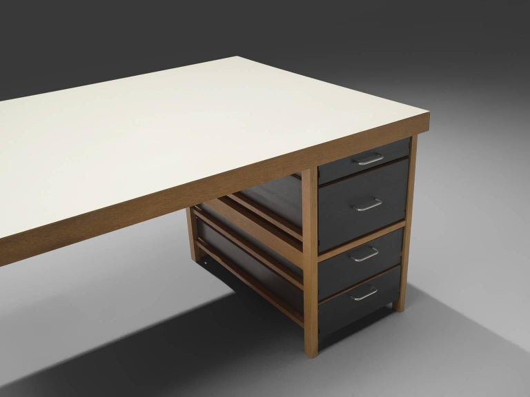 Benedikt Rohner for Oswald Oak Executive Desk In Good Condition For Sale In Waalwijk, NL