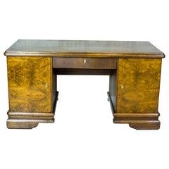 Eiche Schreibtisch aus der Zwischenkriegszeit
