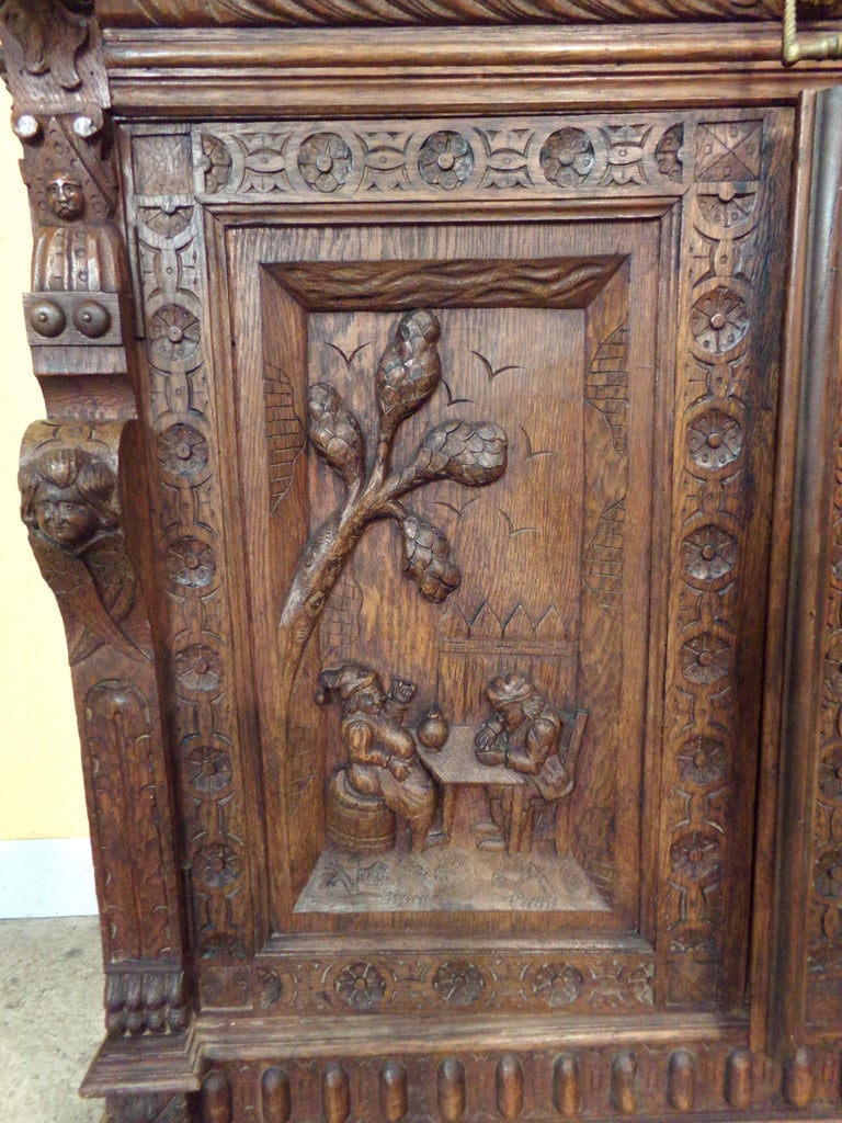 Oak Dutch hand Carved Bookcase In Good Condition For Sale In London, GB