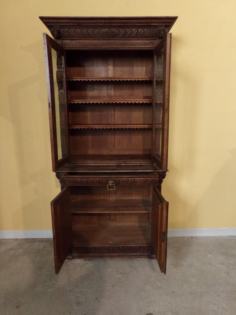 Oak Dutch hand Carved Bookcase For Sale 4