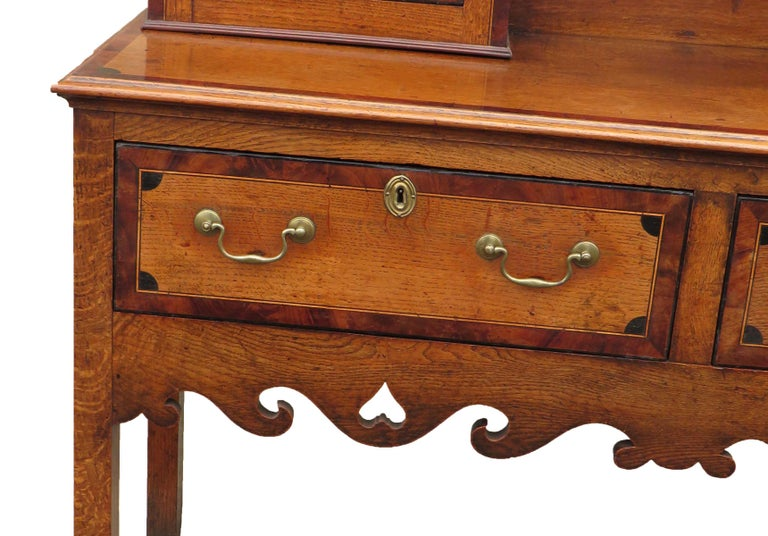 Oak English 18th Century Georgian Antique Dresser with Rack For Sale 4