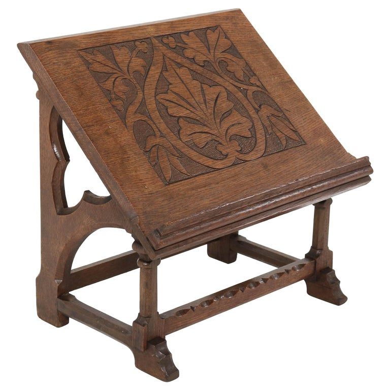 Oak Gothic Revival Lectern or Book Stand, 1900s For Sale