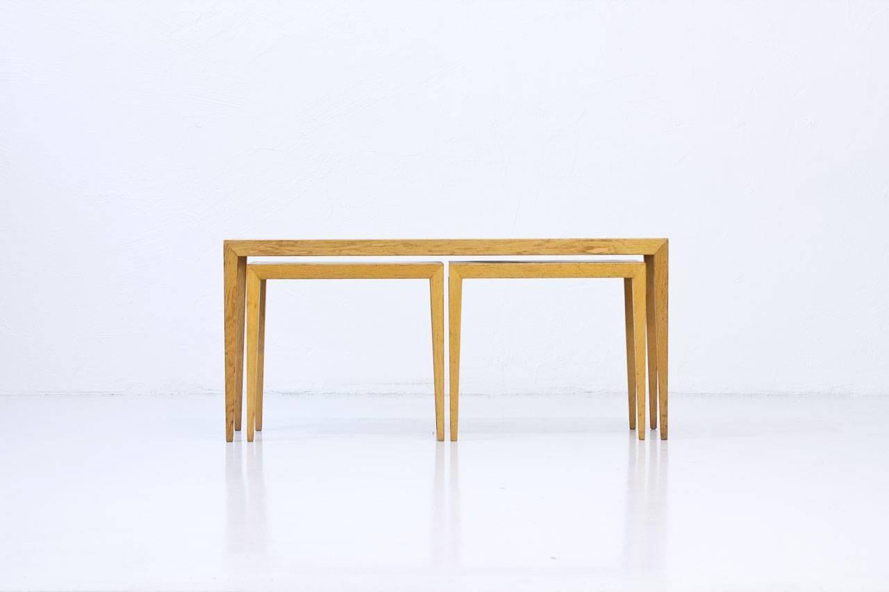 Charmant Scandinavian Modern Oak Nesting Tables By Severin Hansen, Denmark For Sale