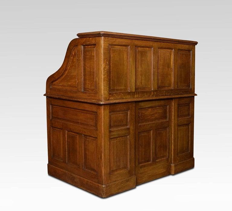 oak pedestal roll top desk for sale at 1stdibs. Black Bedroom Furniture Sets. Home Design Ideas