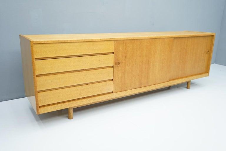 Oak Sideboard with Two Sliding Doors, Denmark, 1960s In Good Condition For Sale In Frankfurt / Dreieich, DE