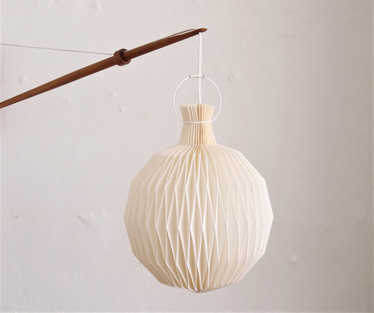 Oak Wall Lamp from Louis Poulsen with Le Klint Shade, Danish Modern, 1950s For Sale 1