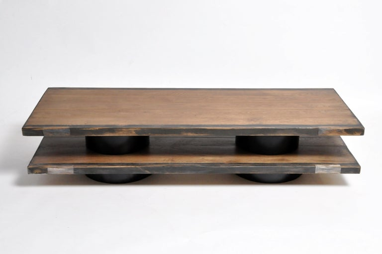 Oak Wood Coffee Table with Metal Trim In Good Condition For Sale In Chicago, IL