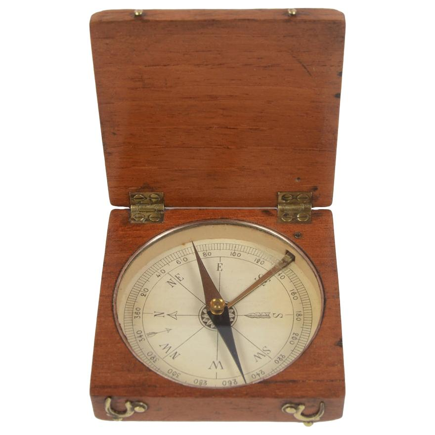 Oakwood Compass English Manufacture Second Half of the 19th Century