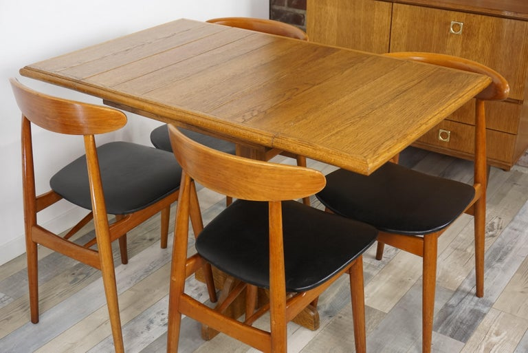 Oak Wooden 1960s French Design Folding and Dining Table For Sale 5
