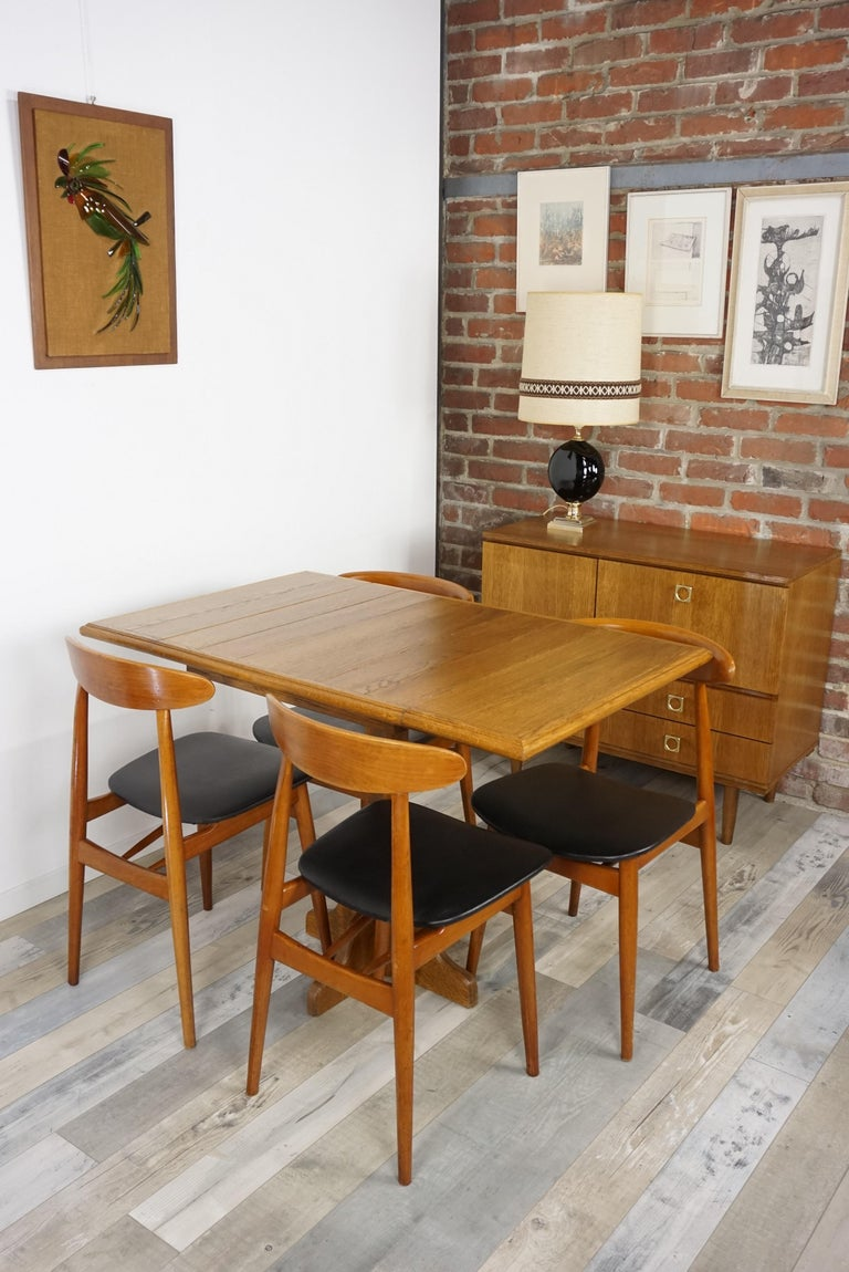 Oak Wooden 1960s French Design Folding and Dining Table For Sale 6