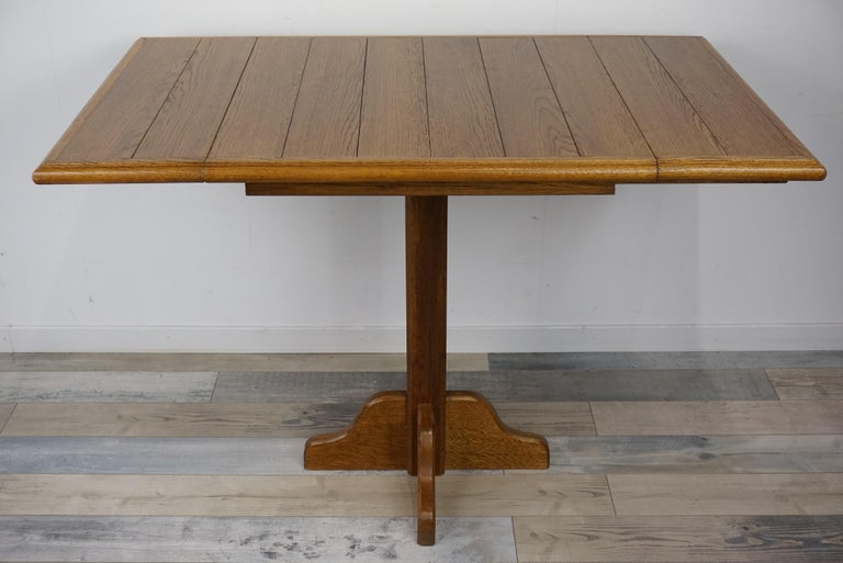Oak Wooden 1960s French Design Folding and Dining Table In Excellent Condition For Sale In Halluin, FR