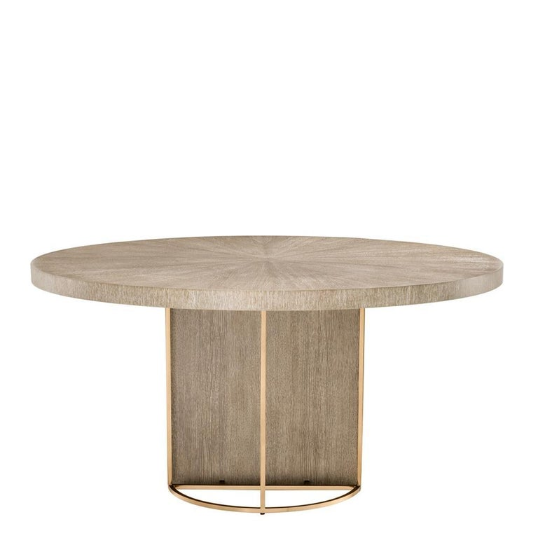 Superb dining table, oak wooden structure, brass feet brushed finishes. High quality, new item, never used.