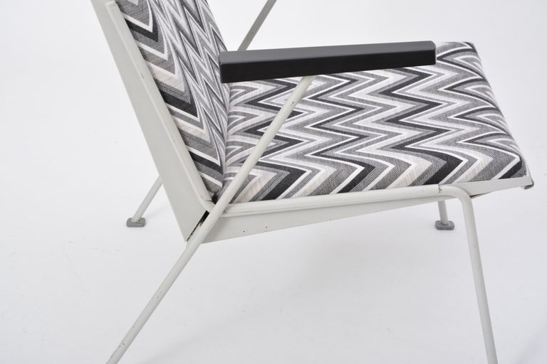 Oase Chair in Black and White Pattern by Wim Rietveld for Ahrend de Cirkel 5