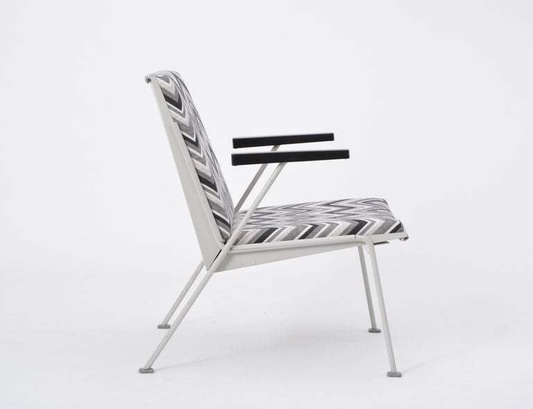 Oase Chair in Black and White Pattern by Wim Rietveld for Ahrend de Cirkel 4