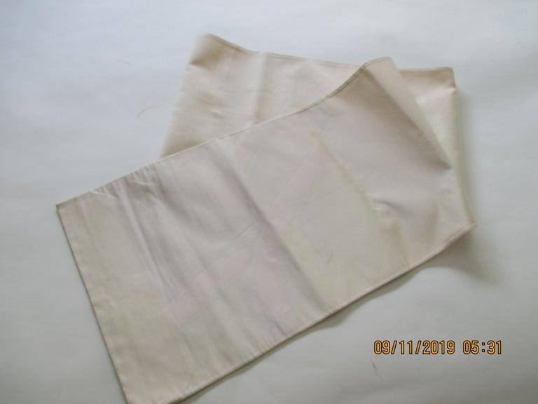 Japanese Obi Textile White and Orange Undulating Pattern For Sale