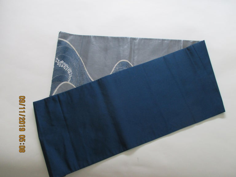 Hand-Crafted Obi Textile with Gray and Silver Waves Pattern For Sale