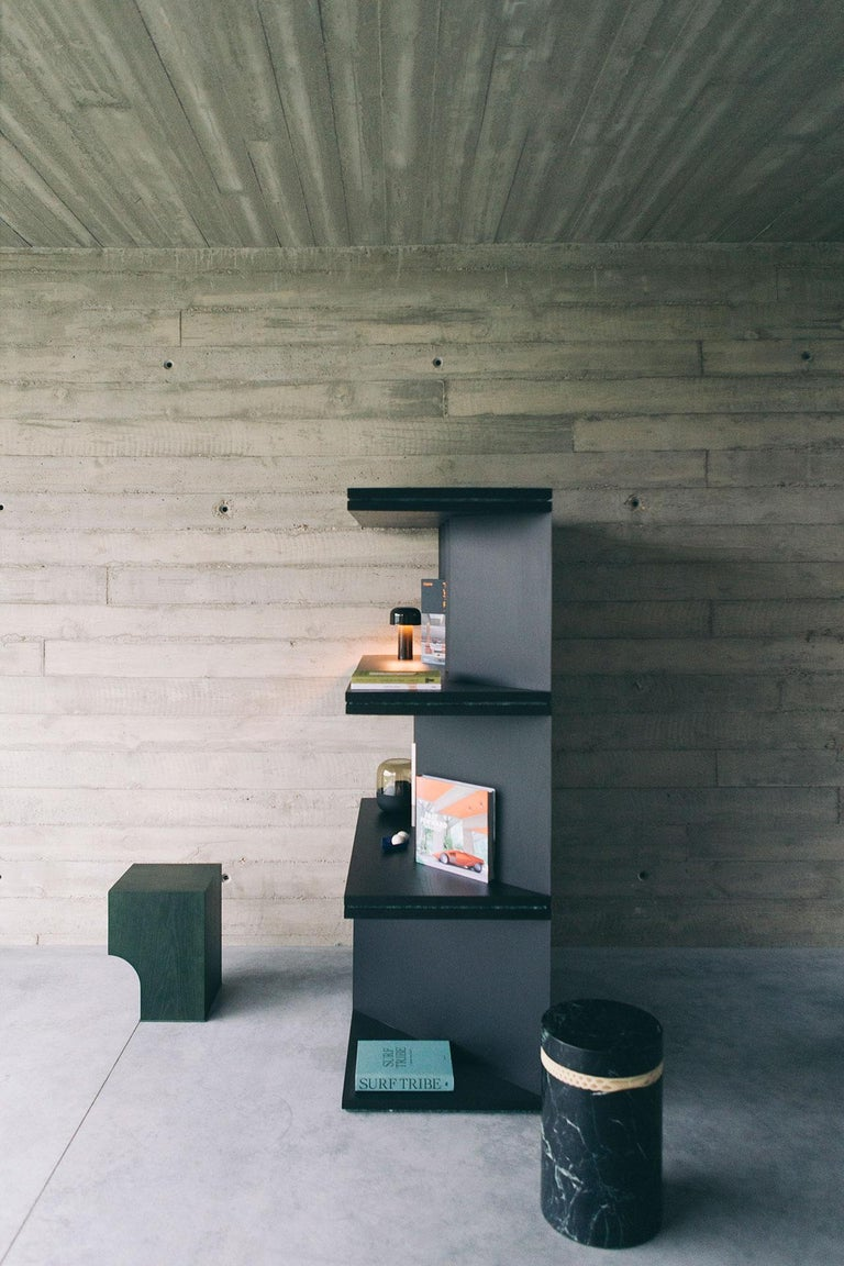 contemporary black ash wood room divider and bookcase, oblique 01.1 by barh In Good Condition For Sale In Aartselaar, Antwerp