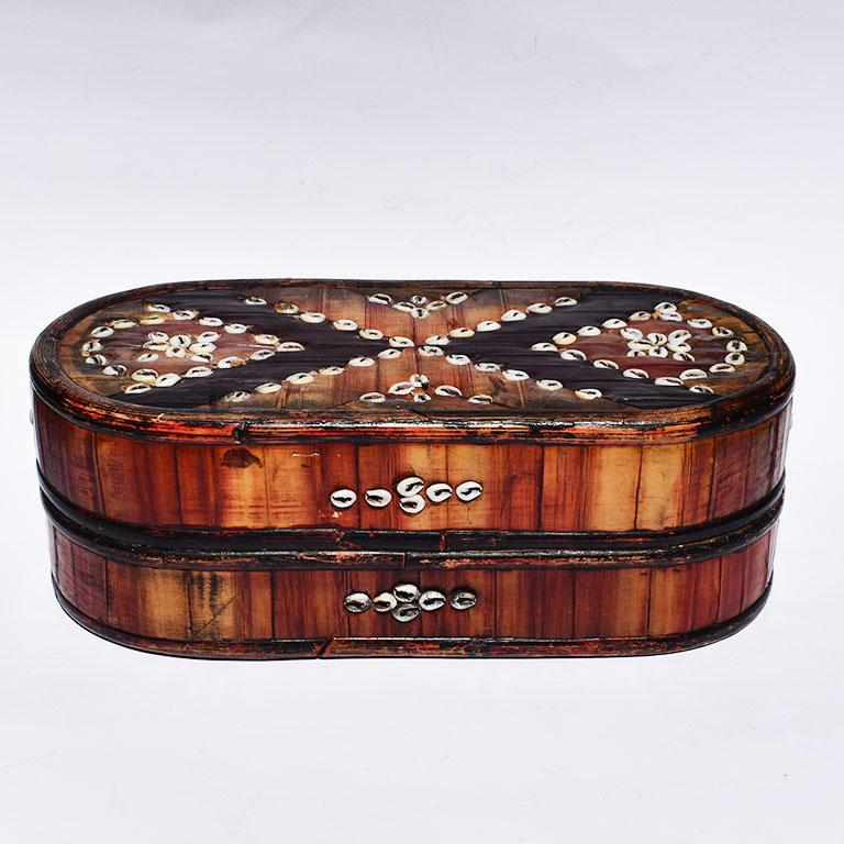 Southeast Asian Oblong Tribal Sea Shell Box with Removable Top and Geometric Design For Sale