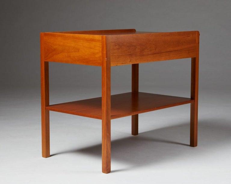 Occasional/Bedside Table Model 914 Designed by Josef Frank for Svenskt Tenn In Good Condition For Sale In Stockholm, SE