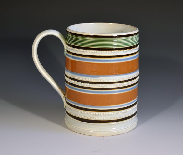 Country Ochre & Earthworm Colored Mocha Pottery Tankard, circa 1800-1820 For Sale