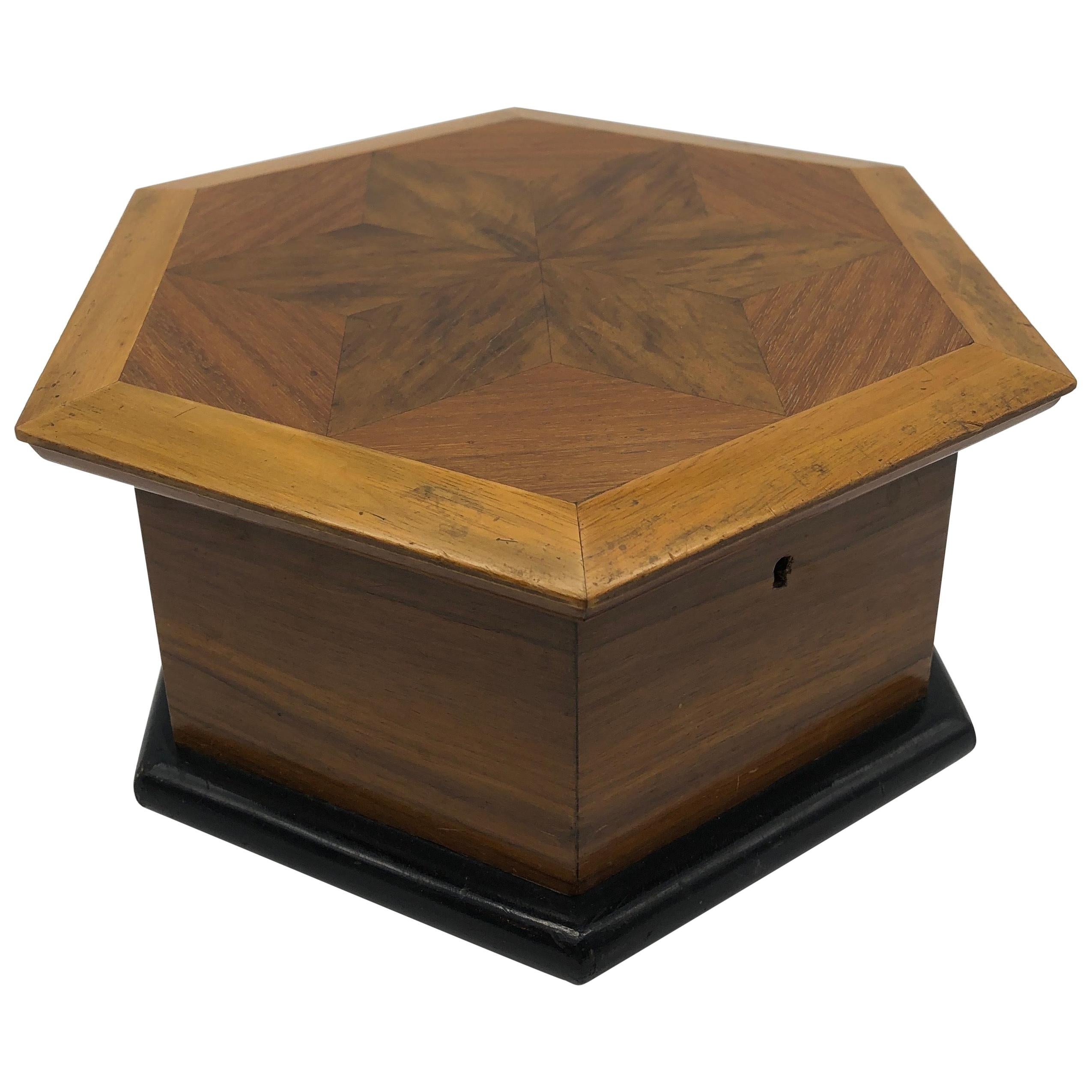 Jewelry box Ring and Earring box-American Walnut and Birds Eye Maple Handcrafted wood  inlayed