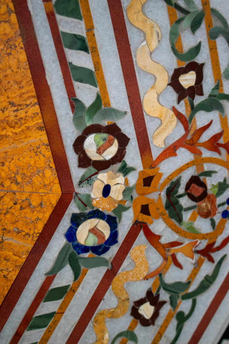Octagonal Pietre Dure Marble Inlay Mosaic Table Top with Lapis and Jade For Sale 3