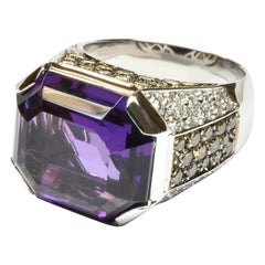 Octagonal Shaped Amethyst and Diamonds Gold Ring Made in Italy