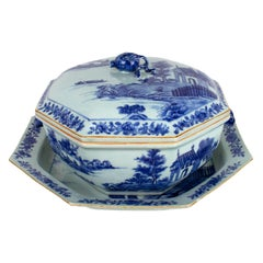 Octogonal Tureen with Cover and Platter, Qianlong '1736-1795'