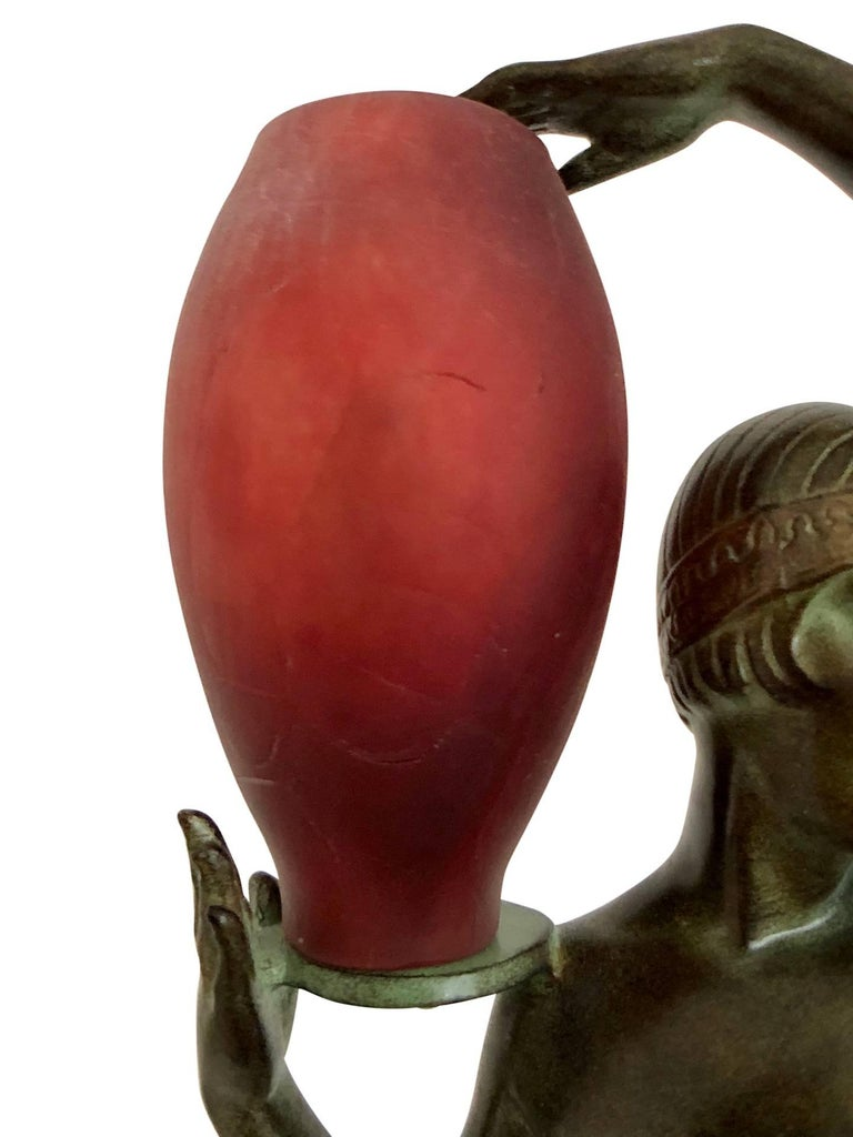 Odalisque by Fayral Original Max Le Verrier Lighted Sculpture Lamp in Spelter In Excellent Condition For Sale In Baden-Baden, DE