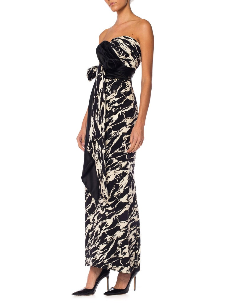 1980S ODICINI COUTURE FOR FRED HAYMAN BEVERLY HILLS Black & White Silk Charmeus In Excellent Condition For Sale In New York, NY