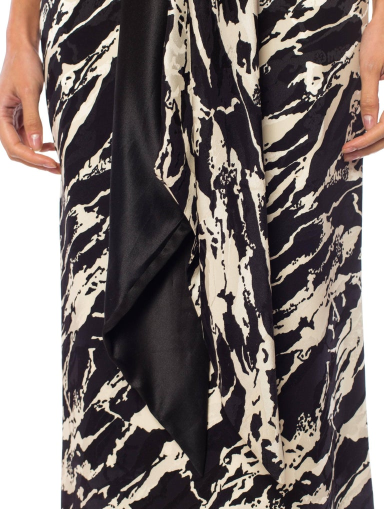 1980S ODICINI COUTURE FOR FRED HAYMAN BEVERLY HILLS Black & White Silk Charmeus For Sale 4
