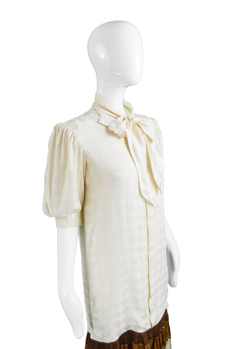 Odicini Vintage Ivory Silk 1980s Pussybow Dress In Excellent Condition For Sale In Doncaster, South Yorkshire