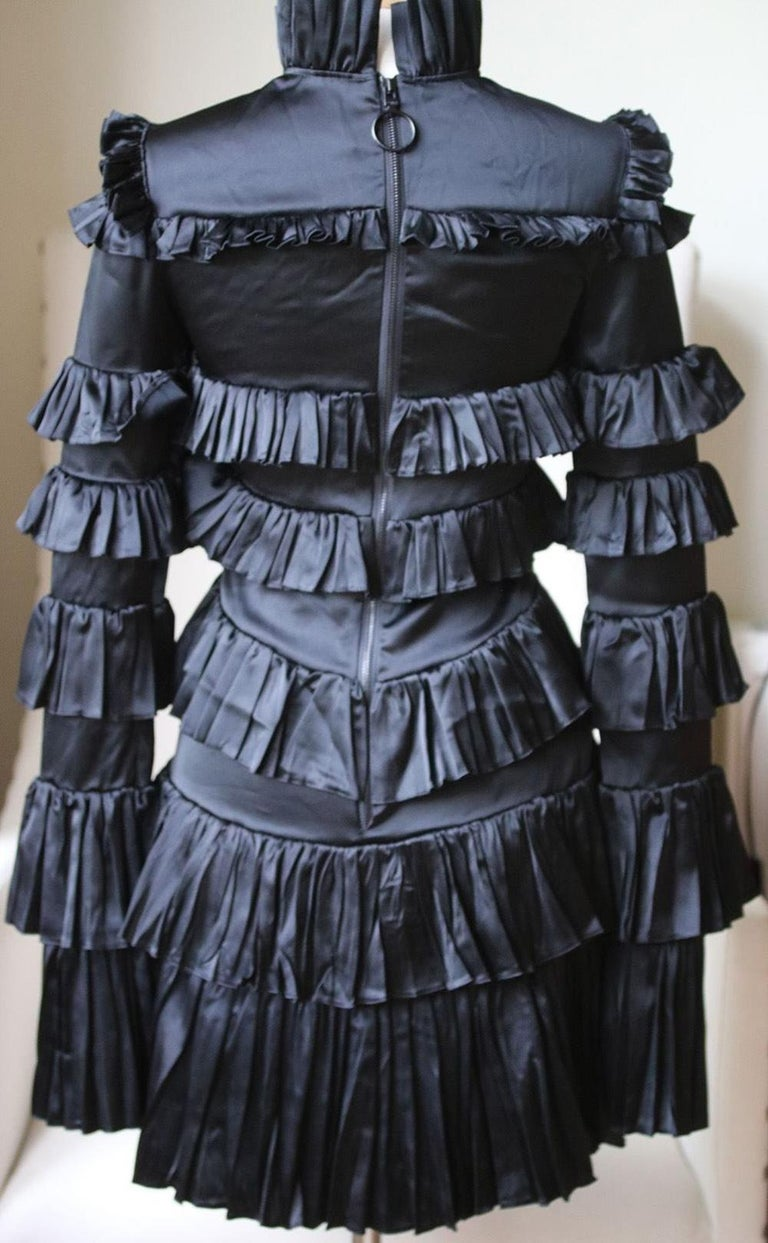 Off-White c/o Virgil Abloh Tiered Ruffled Mini Dress  In Excellent Condition For Sale In London, GB