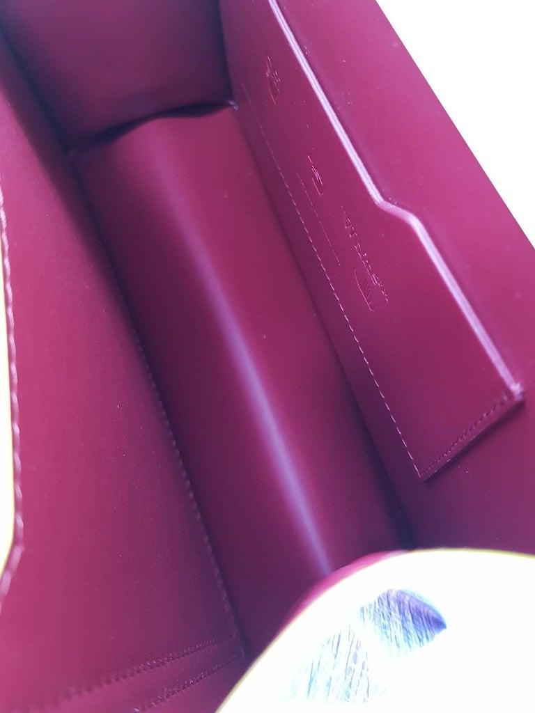 Off-White Woman Shoulder bag  Black Leather For Sale 2