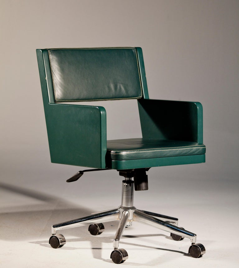 Office Chair, International Style Wooden Office Chair In New Condition For Sale In Istanbul, TR