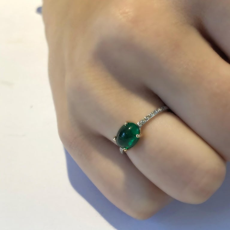 OGI Cabochon Emerald and Diamond Gold Cocktail Ring For Sale 4