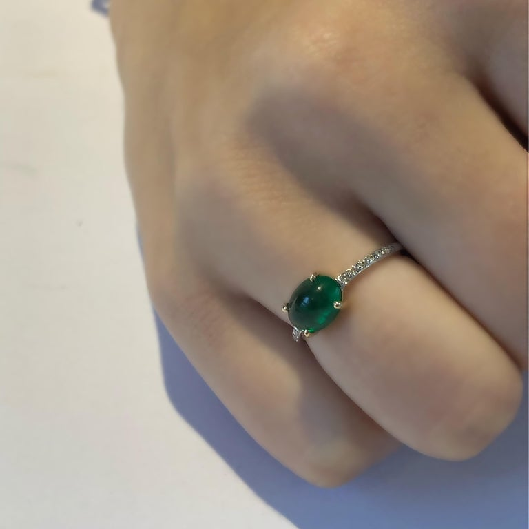 OGI Cabochon Emerald and Diamond Gold Cocktail Ring For Sale 5