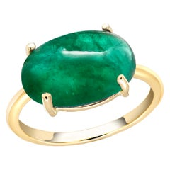 Cabochon Emerald Solitair Yellow Gold Cocktail Ring Weighing 6.70 Carats