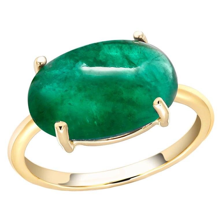 OGI Cabochon Emerald Set Sideway in Solitair Yellow Gold Cocktail Ring For Sale