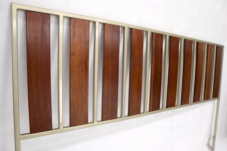 Oiled Walnut Slats Full Size Minimalist Headboard Bed In Excellent Condition For Sale In Rockaway, NJ