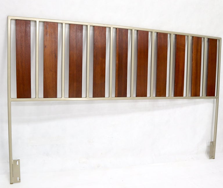 20th Century Oiled Walnut Slats Full Size Minimalist Headboard Bed For Sale