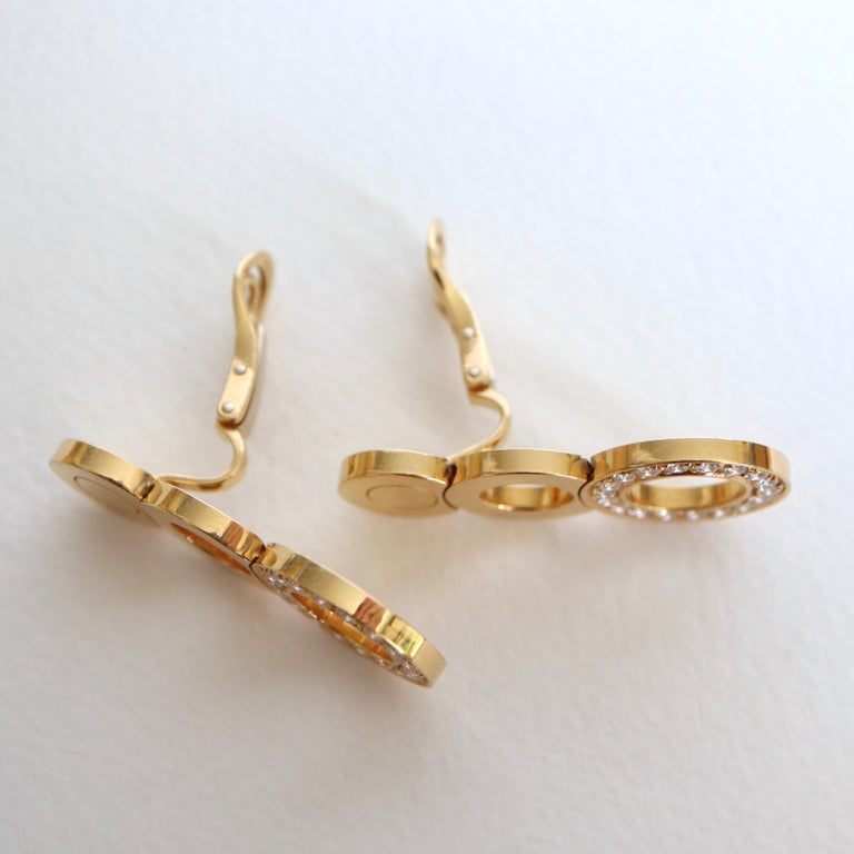 O.J. Perrin Set of a Necklace and Earrings in 18 Carat Gold and Diamonds For Sale 2