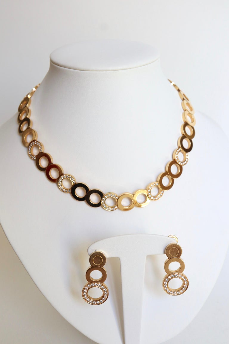 O.J. Perrin Set of a Necklace and Earrings in 18 Carat Gold and Diamonds For Sale 4