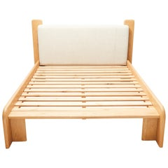 Ojai Bed by Lawson-Fenning for Parachute Home