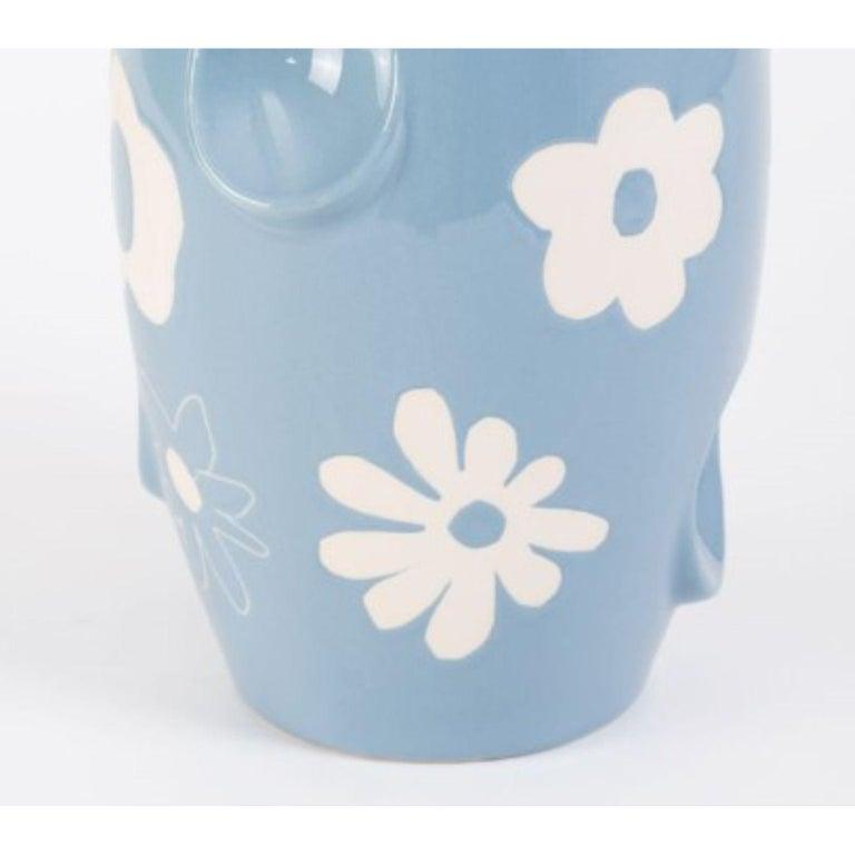 Oko Pop Ceramic Vase, Denim Daisy by Malwina Konopacka In New Condition For Sale In Geneve, CH