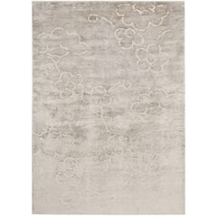 Contemporary Tibetan Rug Hand-Knotted in Nepal, Light Warm Grey - White