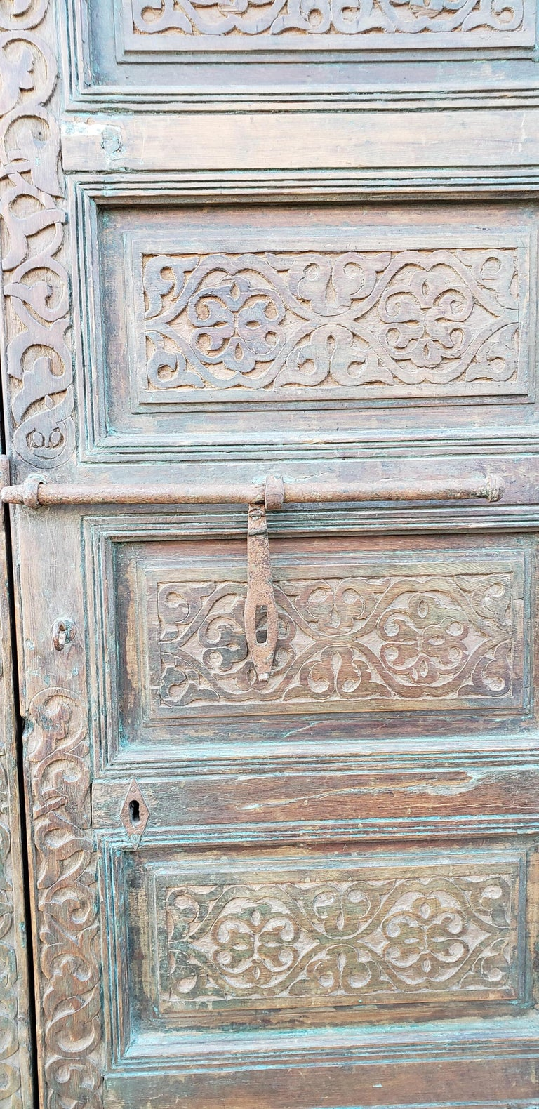 Carved Old Brown Moroccan Wooden Door, 23MD36 For Sale