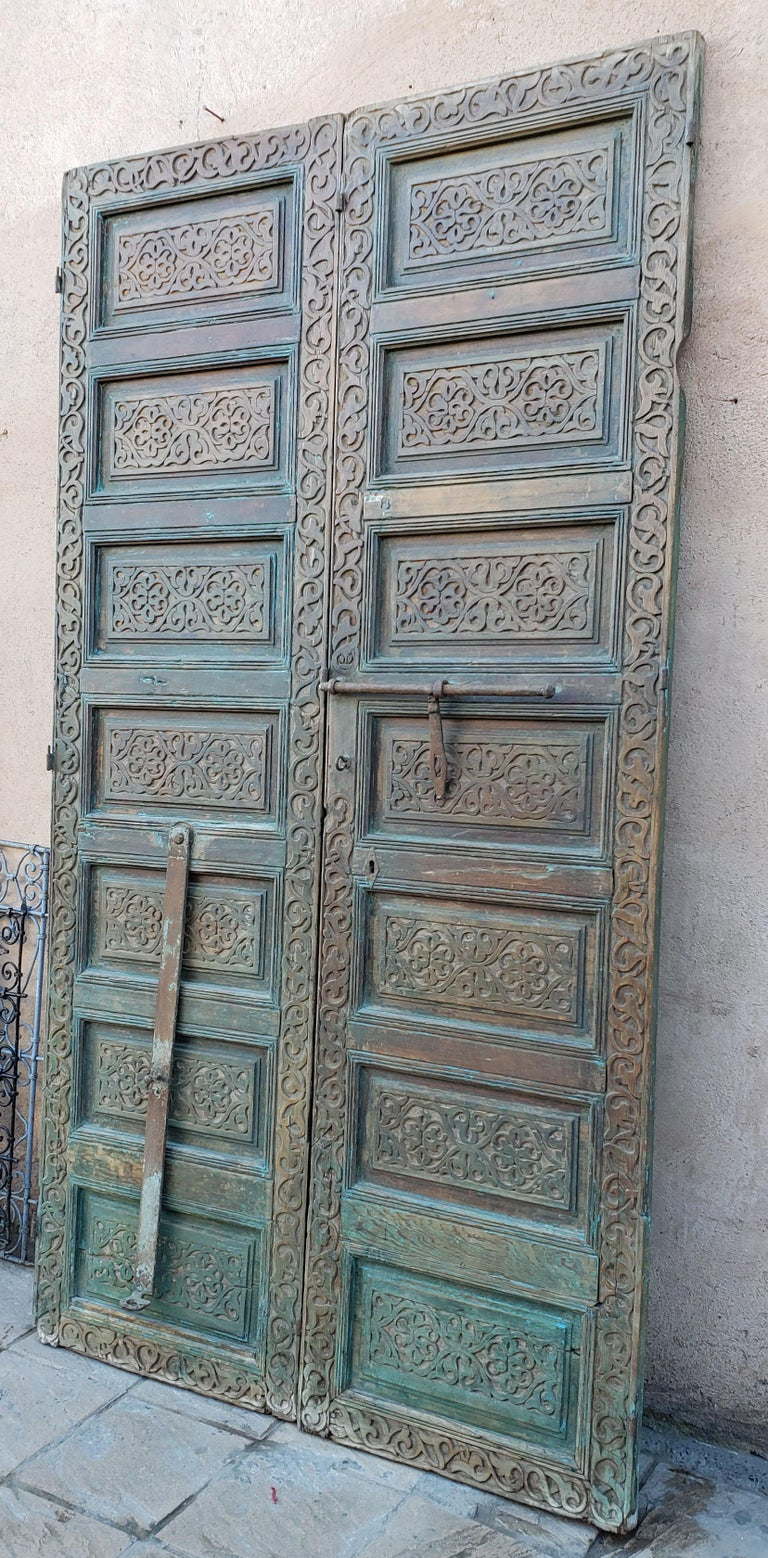 Old Brown Moroccan Wooden Door, 23MD36 For Sale 1