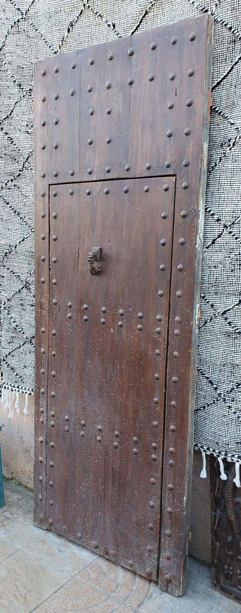 Old Brown Moroccan Wooden Door, 23MD38 For Sale 1