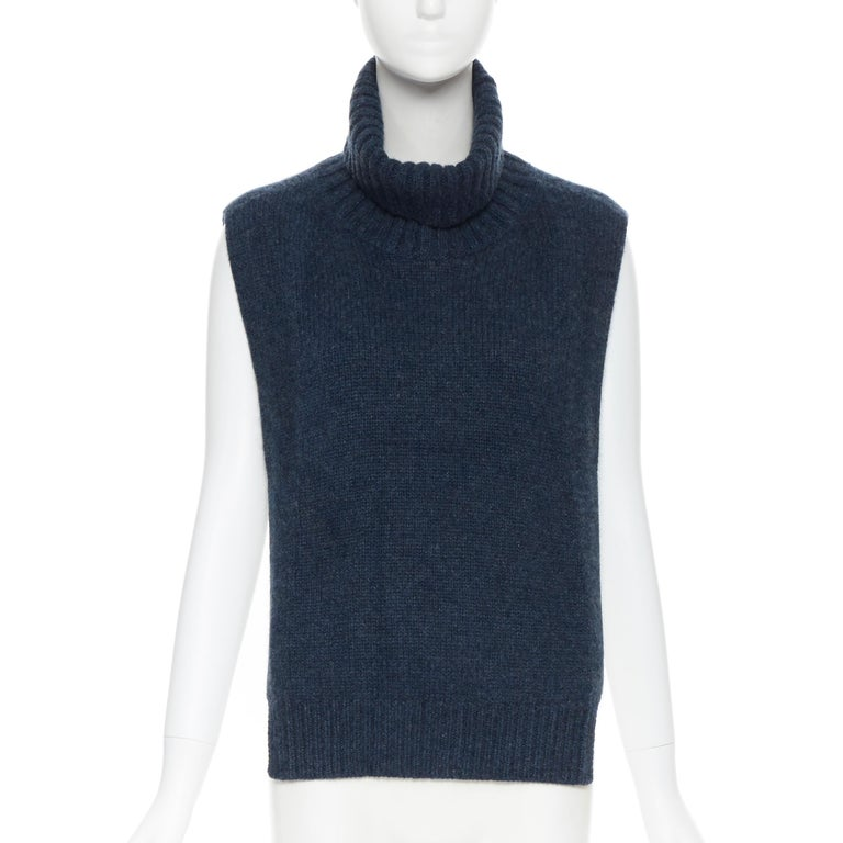 OLD CELINE PHOEBE PHILO 100% cashmere  blue turtleneck dickie scarf neckwarmer In Excellent Condition For Sale In Hong Kong, NT